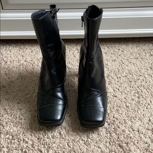 Skechers Black Booties Size 7